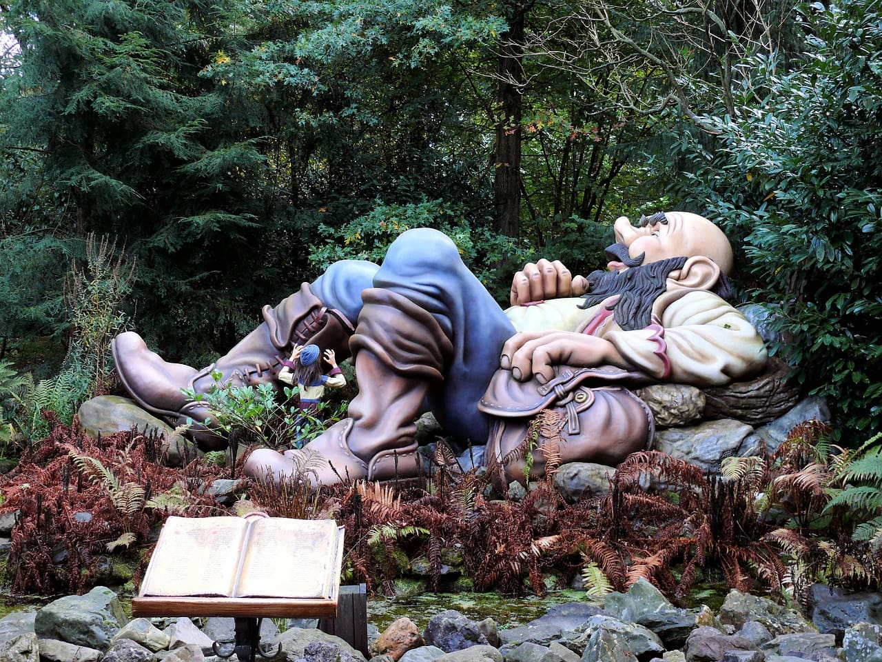 טיולי משפחות ביער האגדות בהולנד
