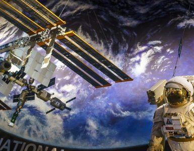 """טיול משפחות ארה""""ב חלל"""