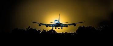 טיסות לורנה מידע